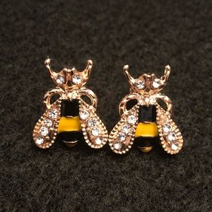 Jewelry - 🆕🐝 Bumble Bee Stud Earrings 🐝